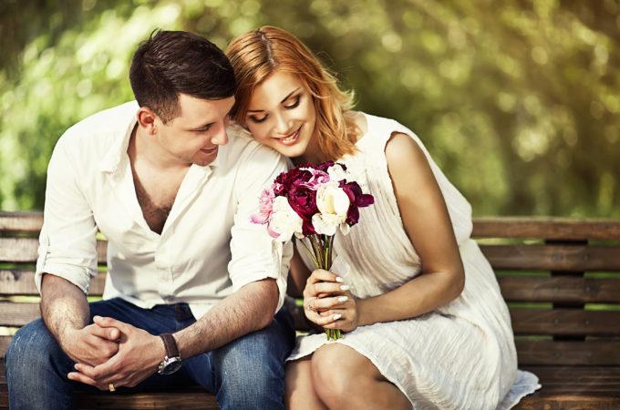 Kjærlighetens fem språk. Fem måter å elske på. Samlivstips.