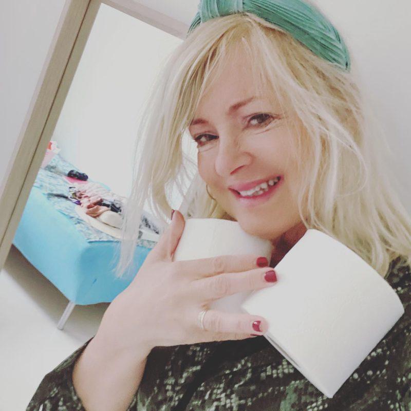 Coronavirus: Quarantine day 10. How to be creative with toilet paper! 3 crazy tips
